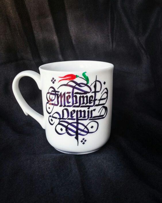 kupa bardak kaligrafi yazı, kaligrafi yazılı bardak fiyatı, kaligrafi yazılı bardaklar, hat sanatı kupa bardak yazısı